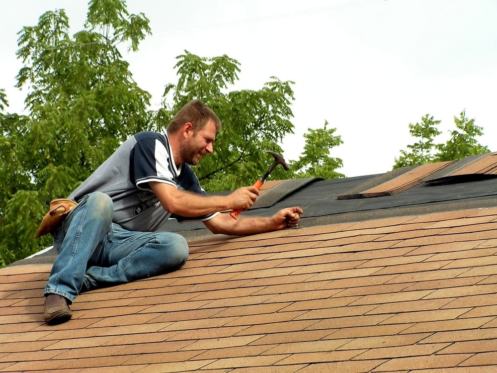 Effective ways to find best Roof repair service